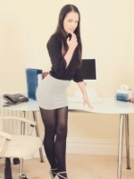 Sweet young secretary Lizzy